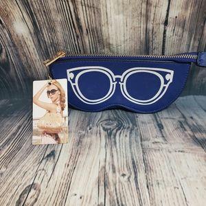 Zip Up Eyeglasses Case NWT